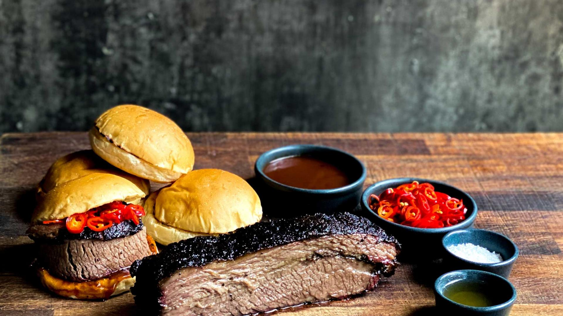 Restaurant meal kits: Smokestak