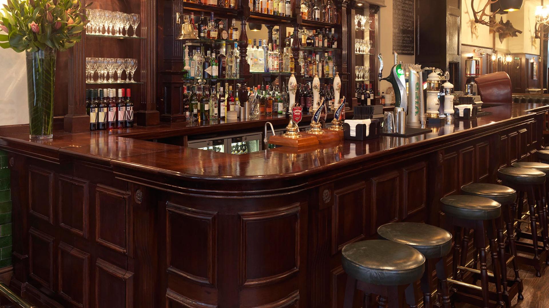 Hat & Tun pub