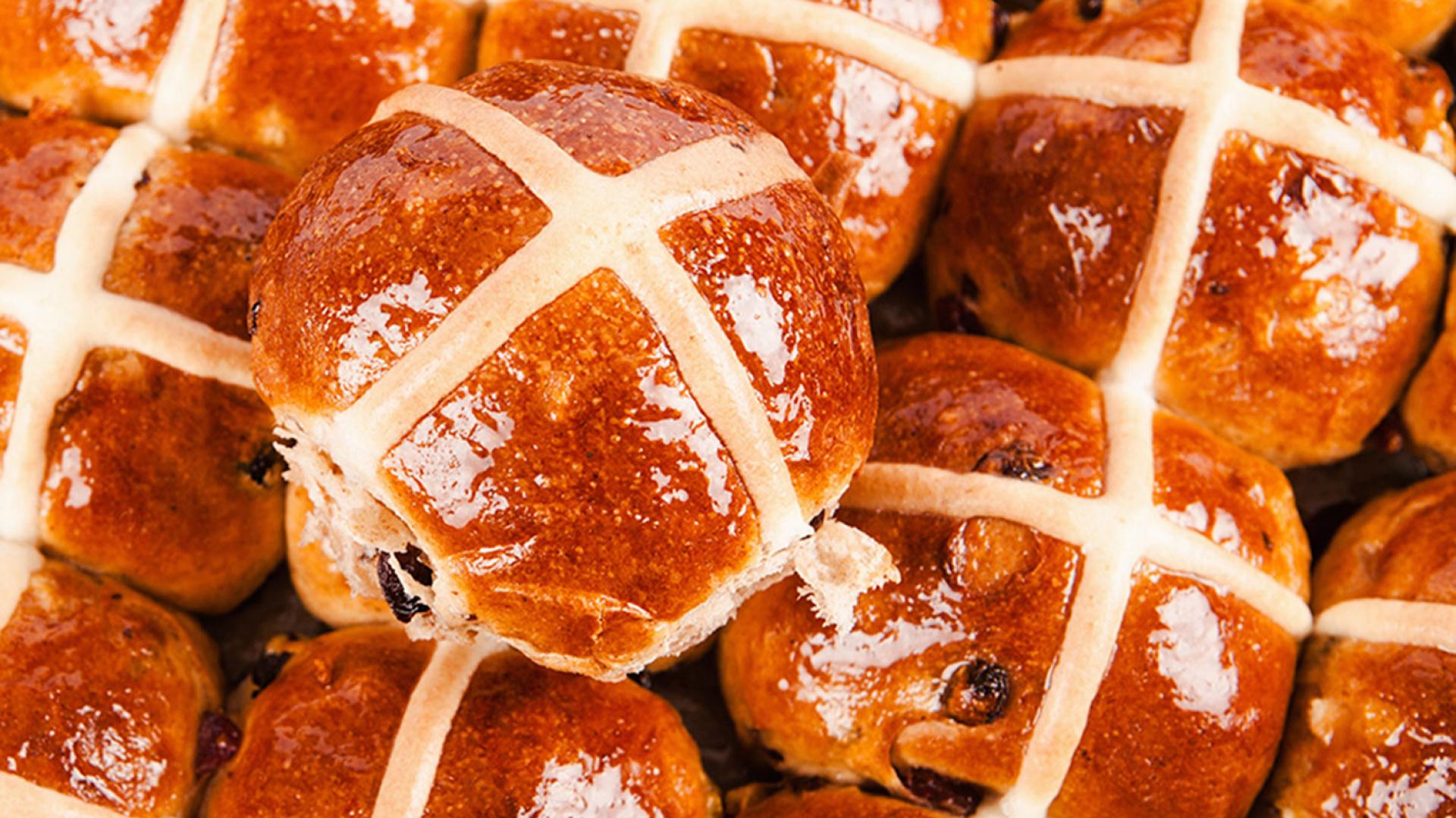Gail's hot cross buns