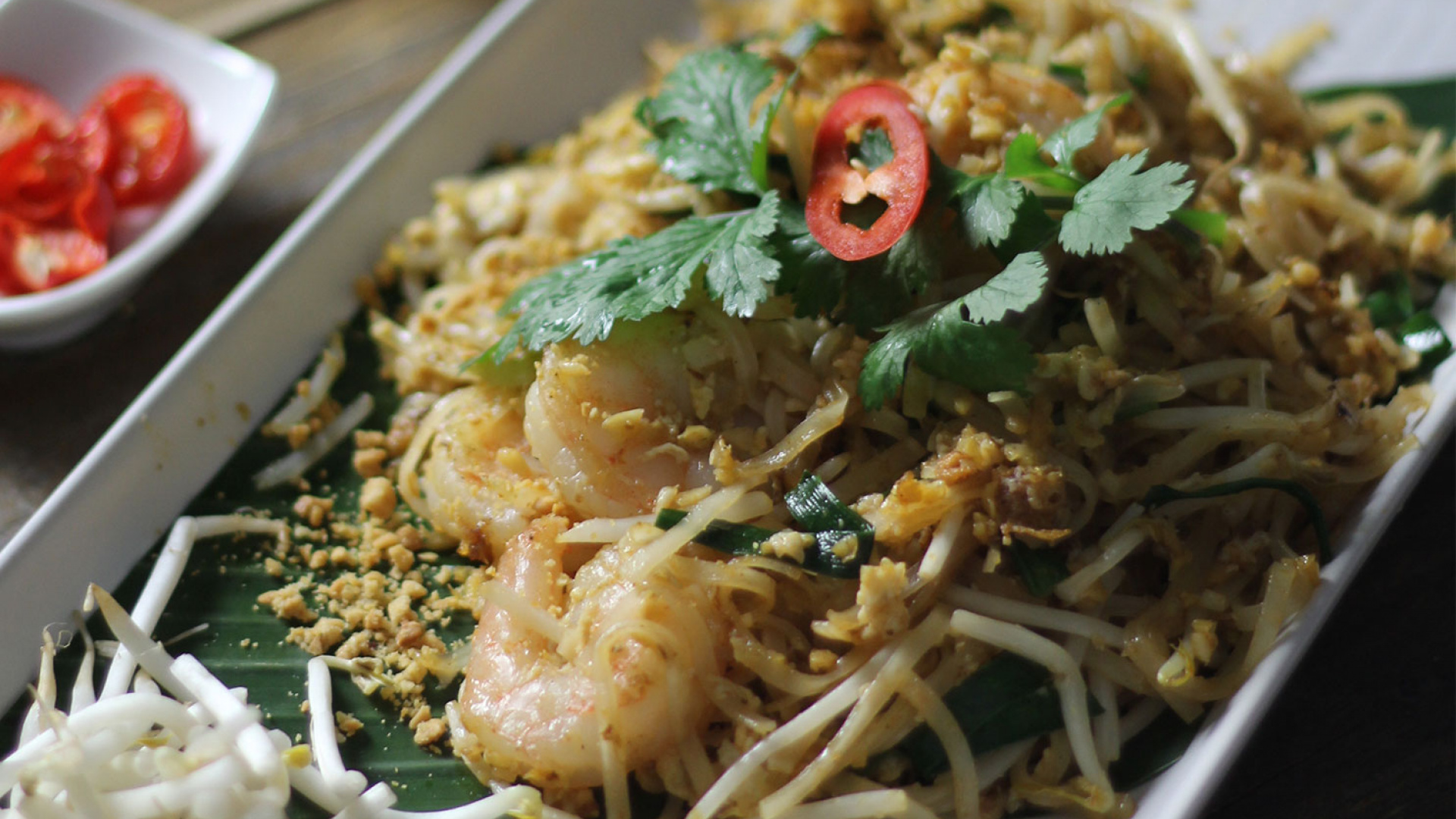 Make The Ultimate Prawn Pad Thai From Ekachai Recipes Foodism