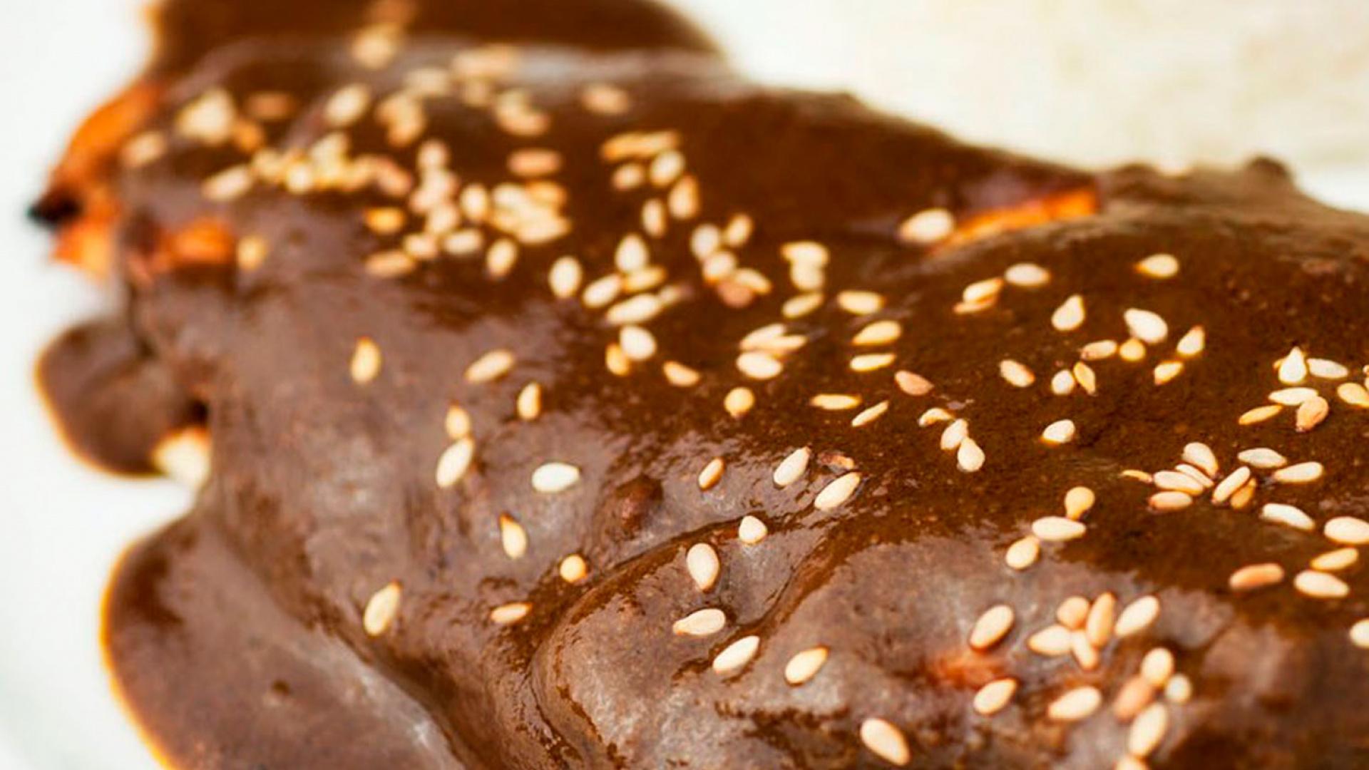Mestizo's recipe for mole pablano
