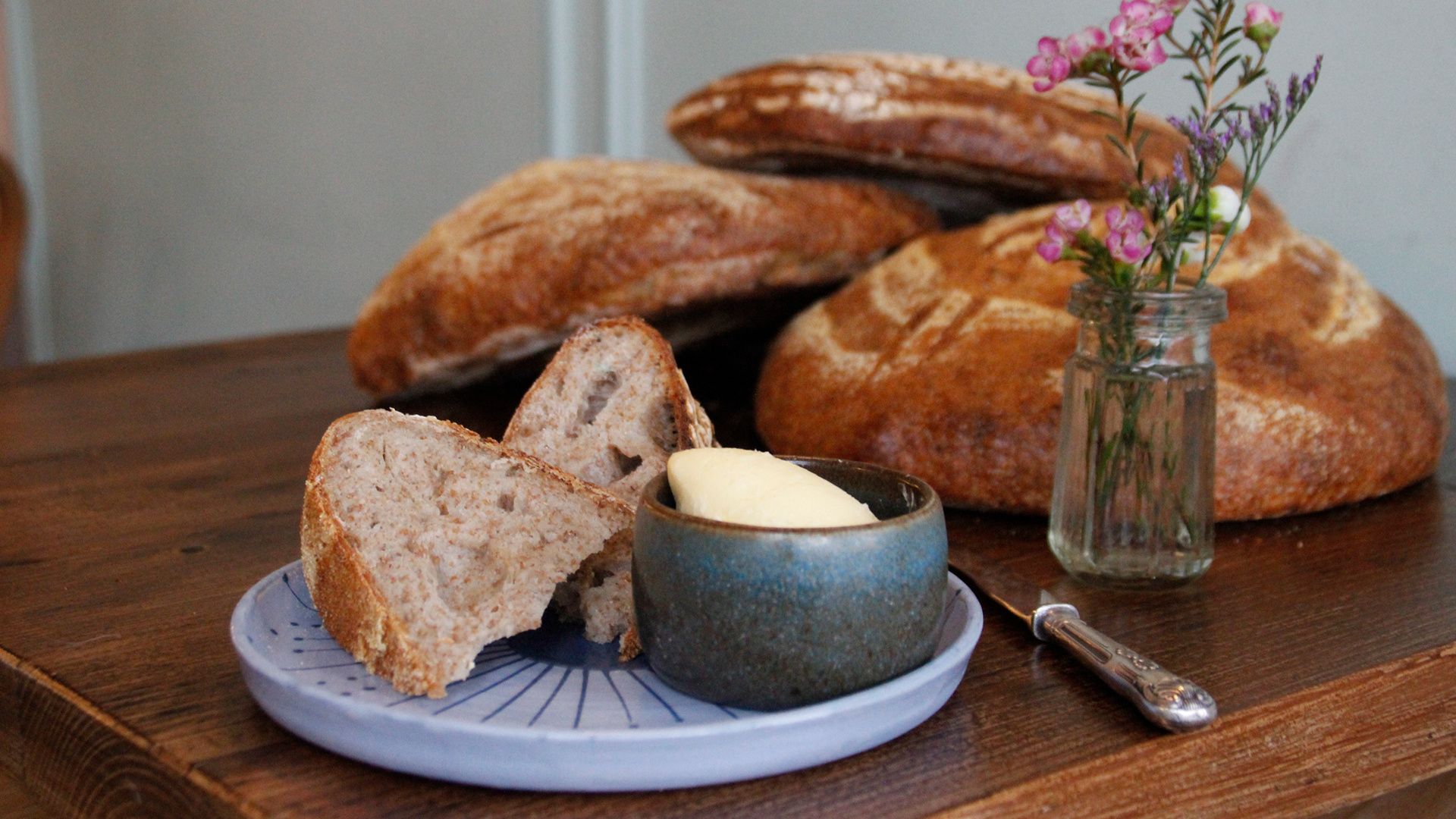 Make Minnow's rosemary sourdough