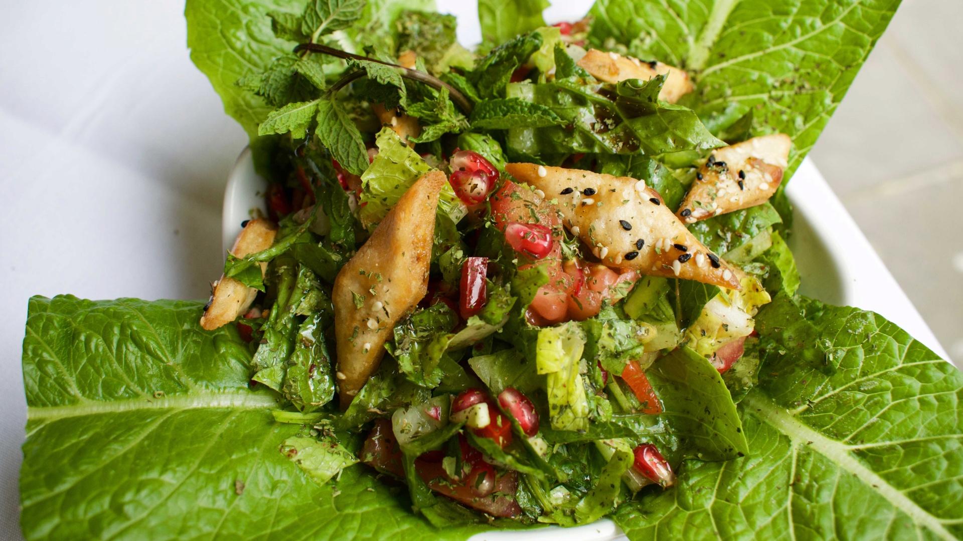 Fattoush salad at Orjowan Restaurant