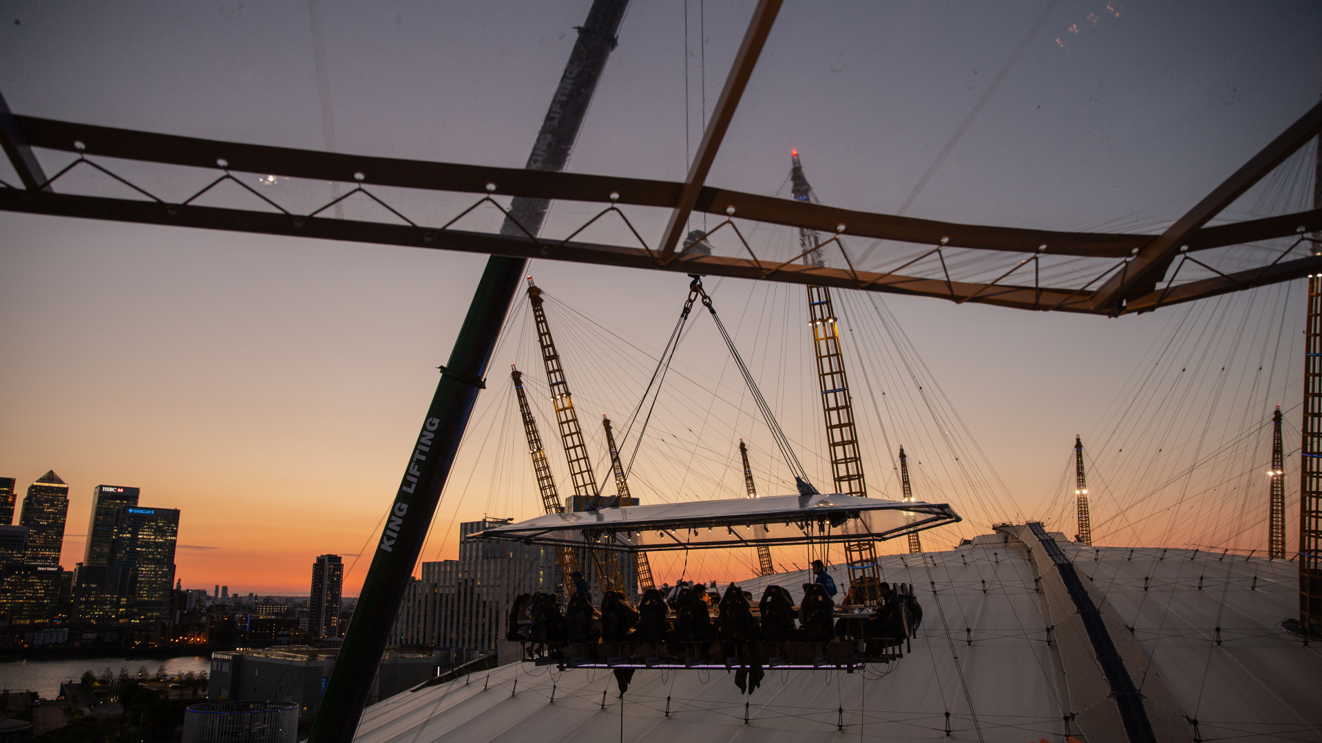 Dining in the Sky: the dinner flight at London in the Sky