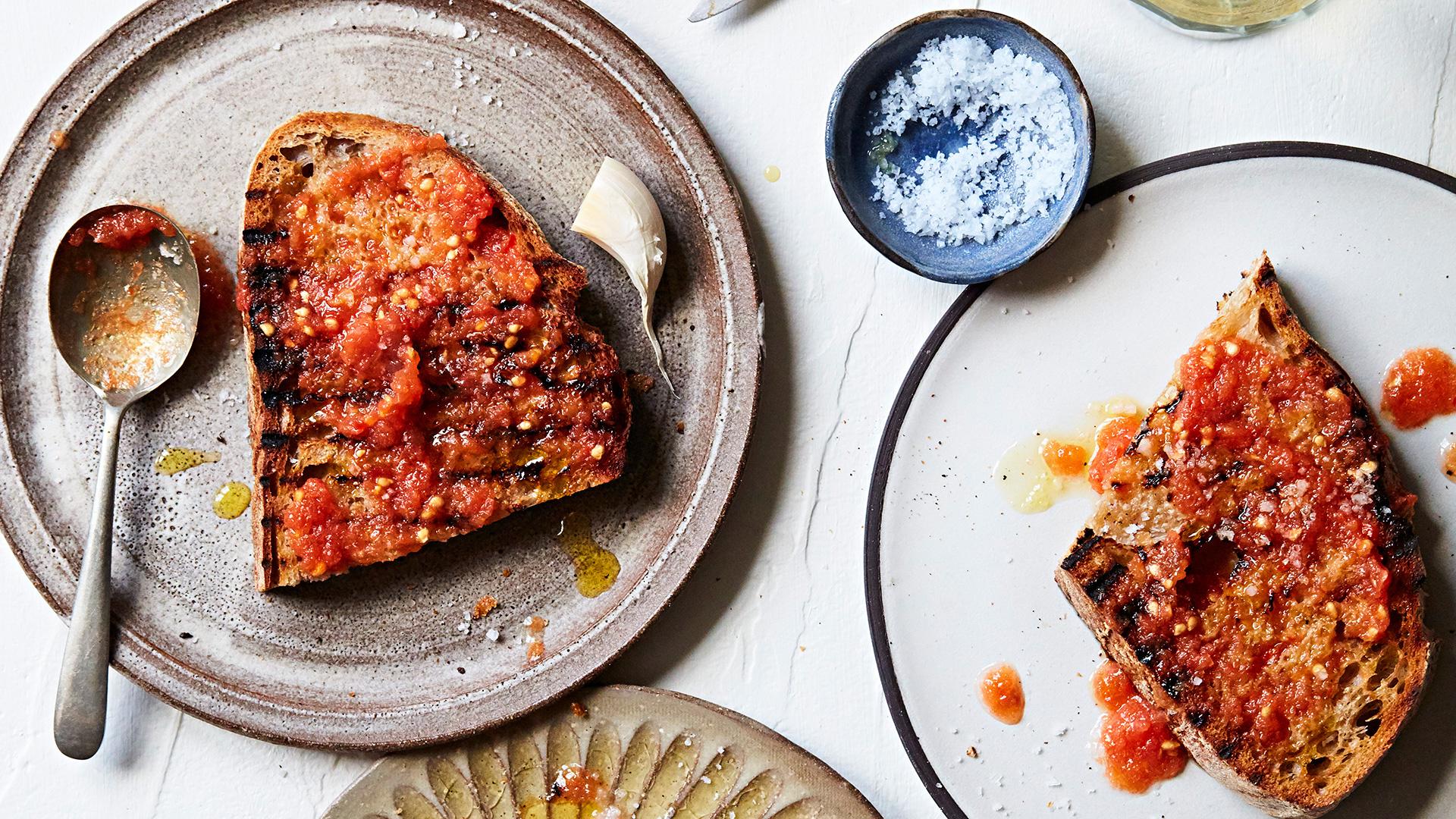 Raul Diaz's pan con tomate