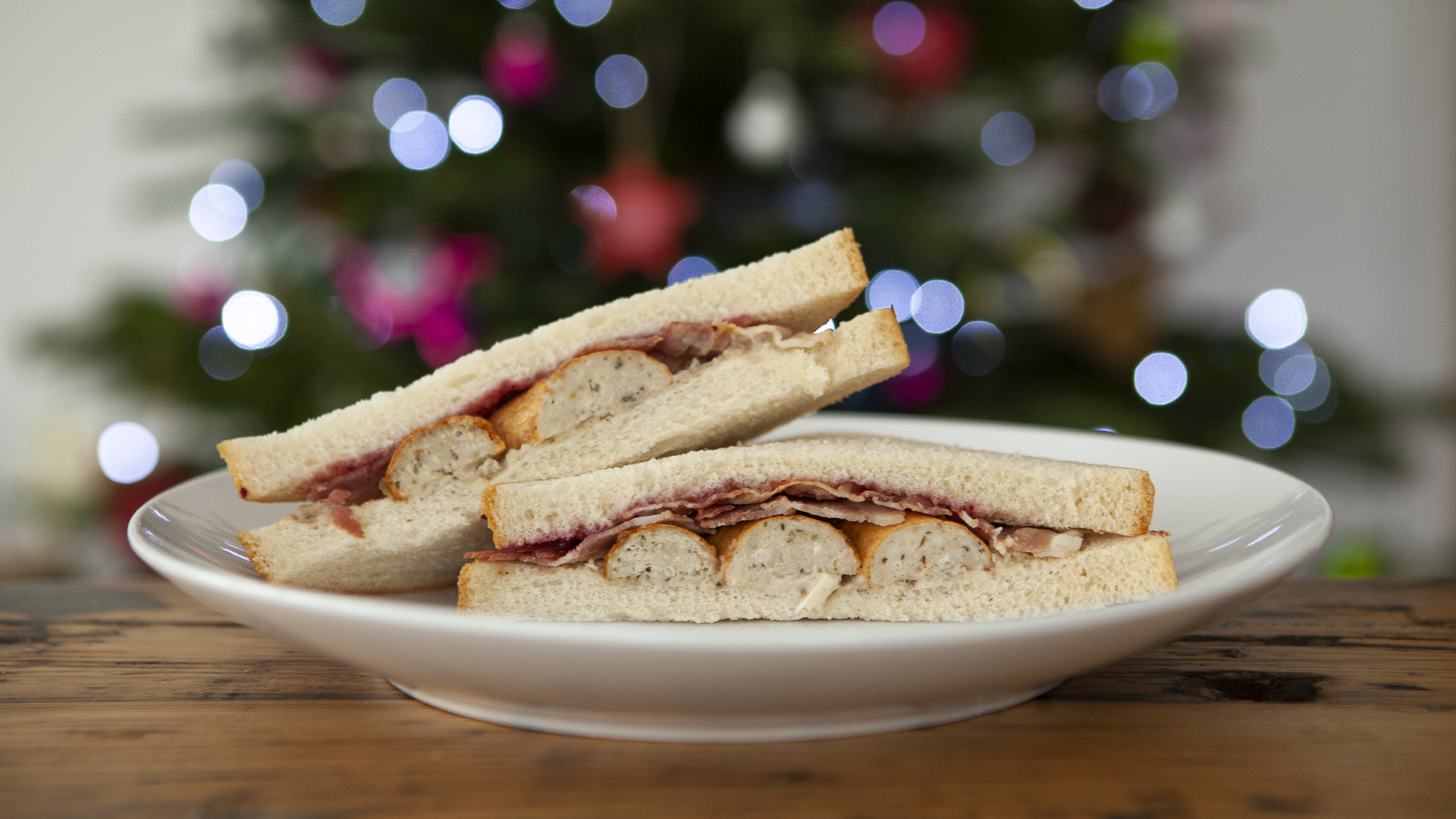The supermarket Christmas sandwich review: Co-op Pigs Under Blankets