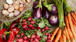 Eight steps to zero food waste: cooking without recipes