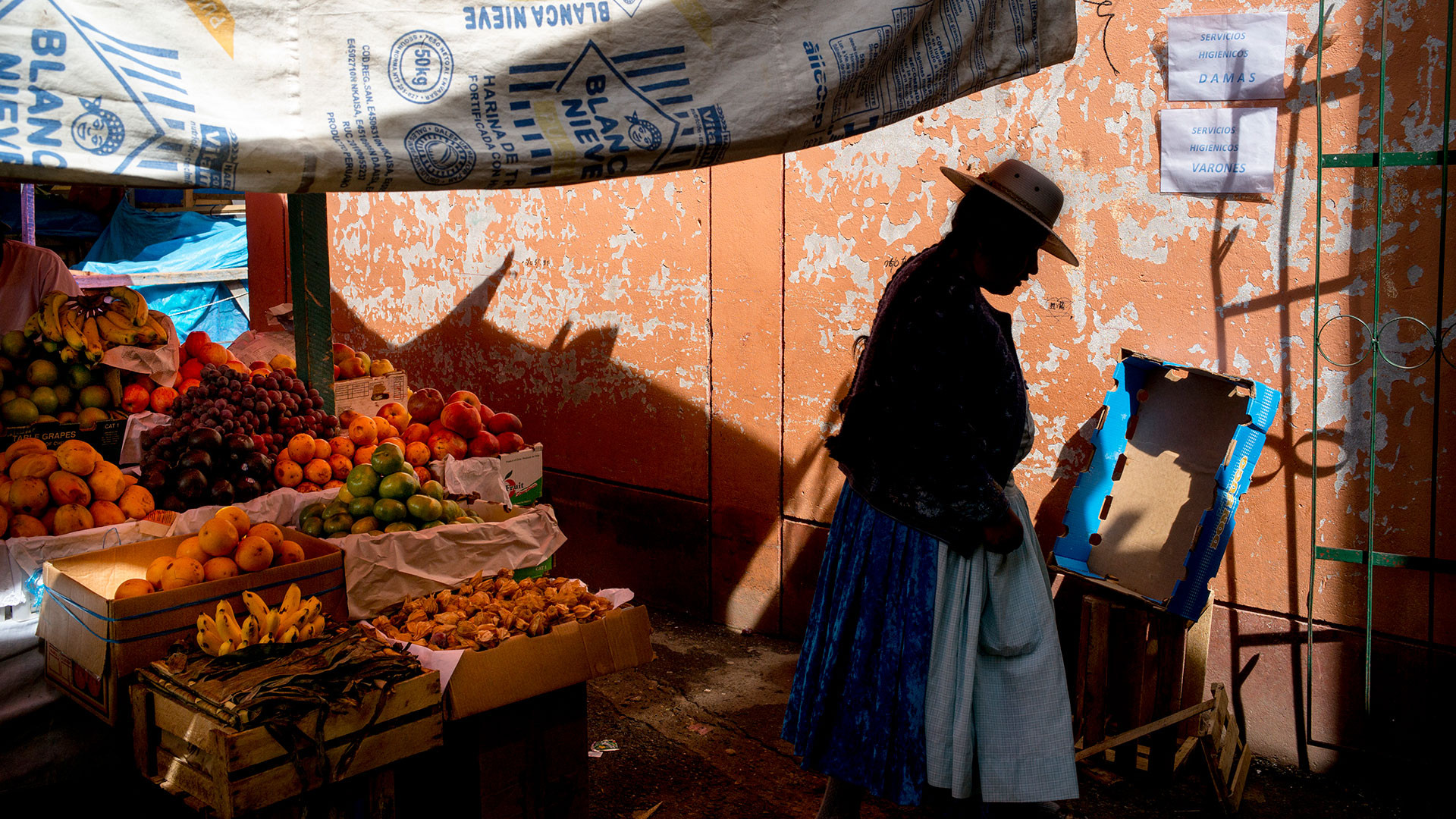 Pink Lady Food Photographer of the Year Marks & Spencer Food Adventures, Puno, Lake Titicaca, Robert Holmes