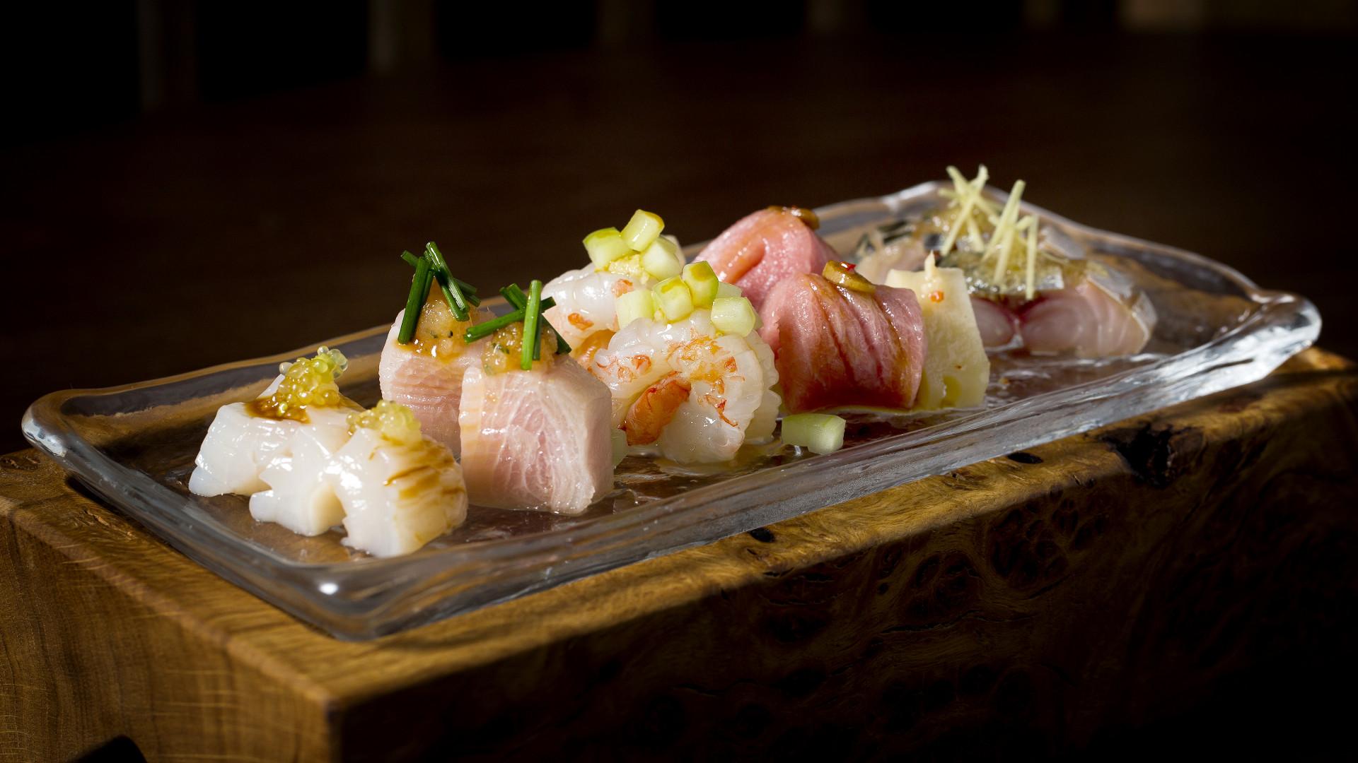 Sosharu's assorted sashimi plate
