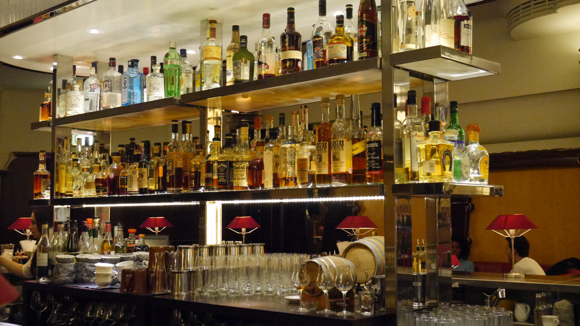 The restaurant benefits from a well-stocked back bar