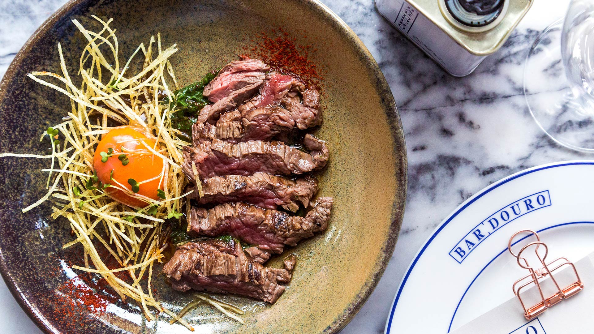 Bavette steak with confit egg