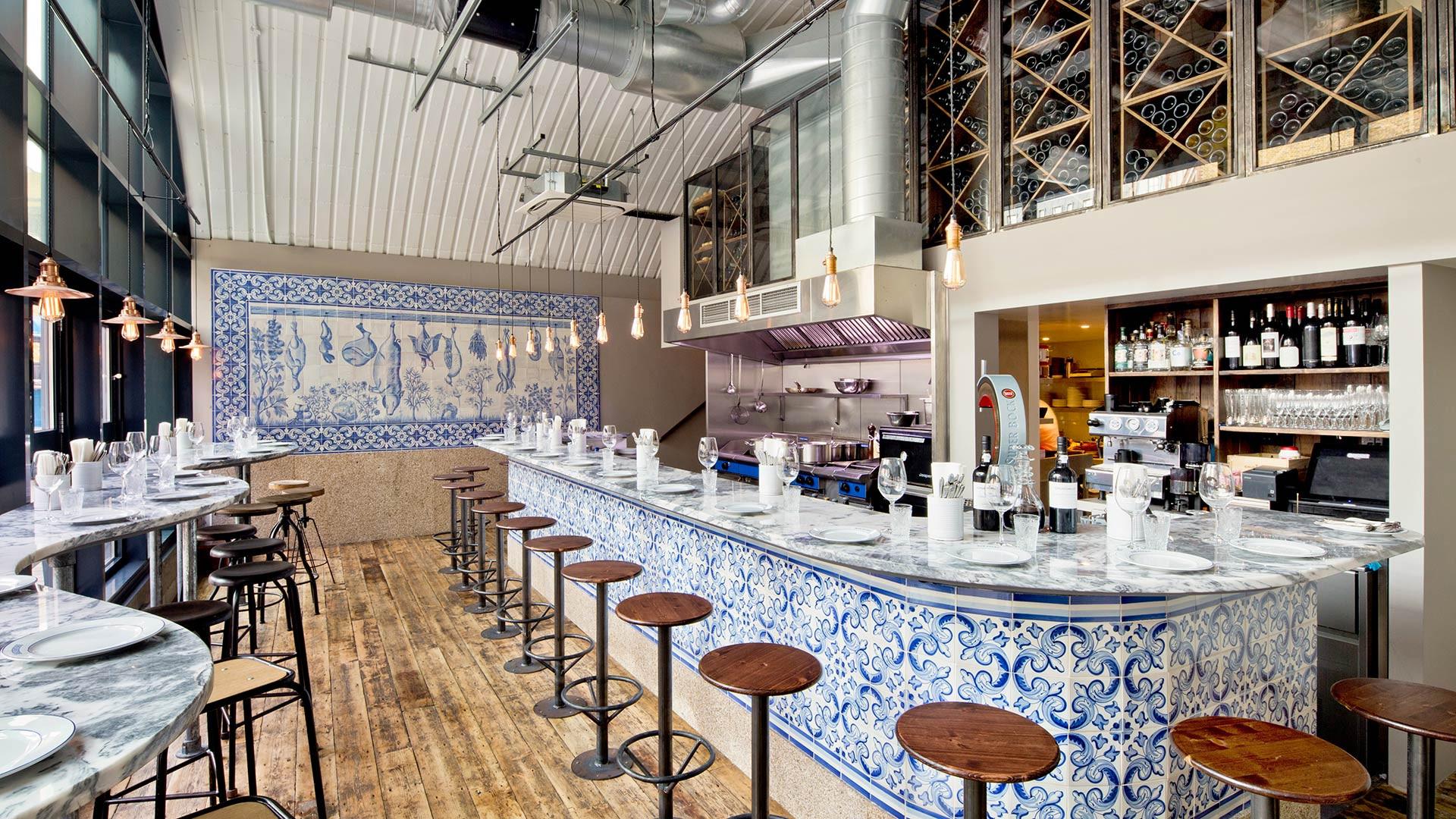 The counter at Bar Douro