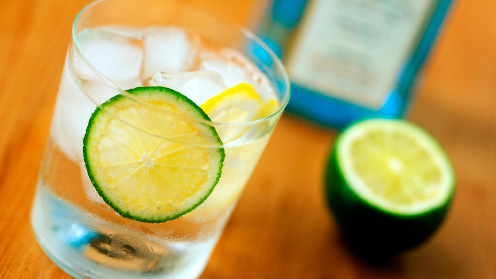 British gin and tonic