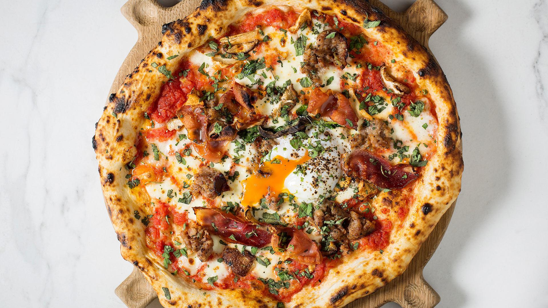 Pizza at Hai Cenato