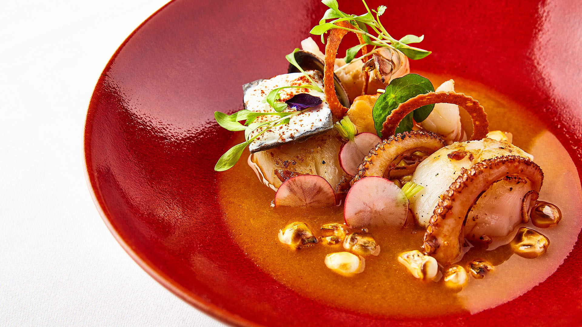 Martha Ortiz, Ella Canta: Seafood and lobster pozole