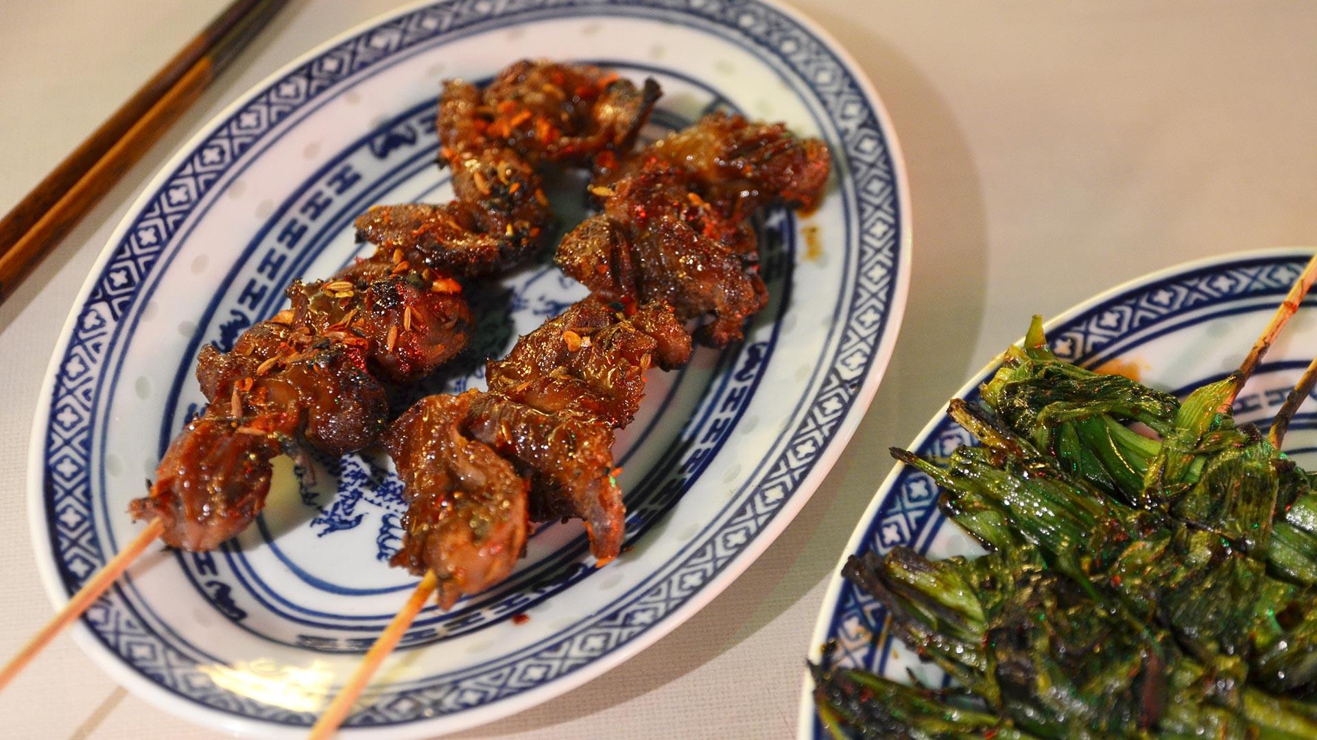 Chicken gizzard coal grilled skewers