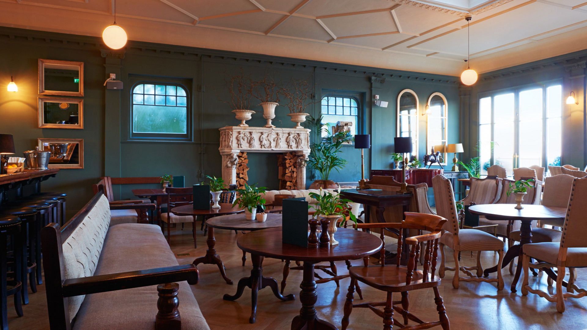 Albion House's dining room