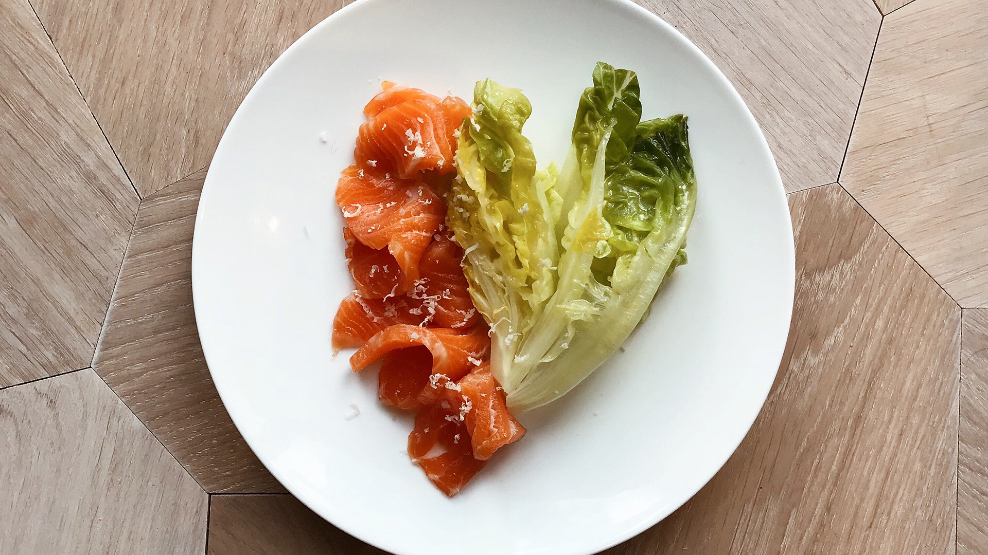 Smoked salmon with fermented greens