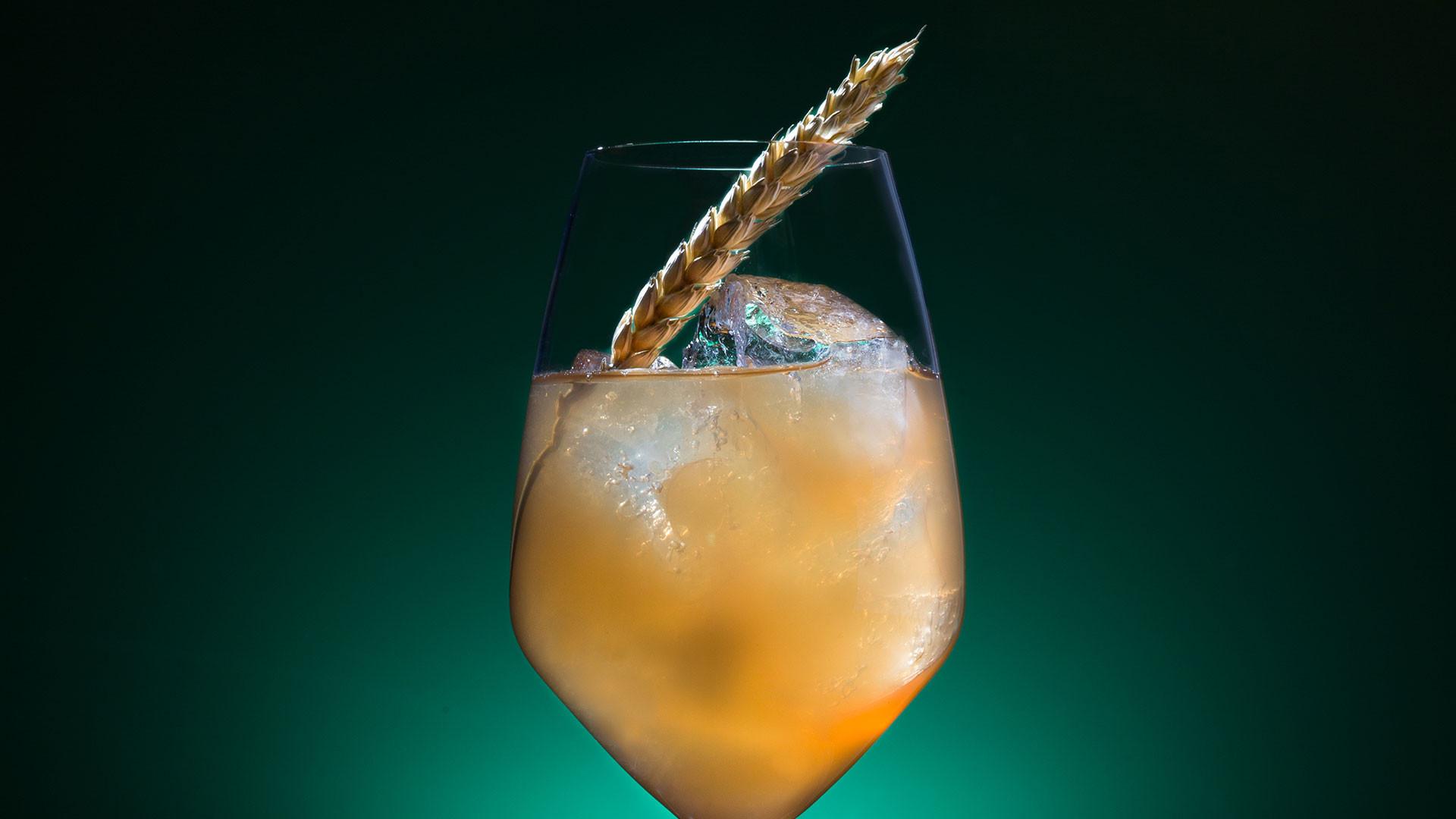 Dandelyan's Laverstoke Park Spritz cocktail