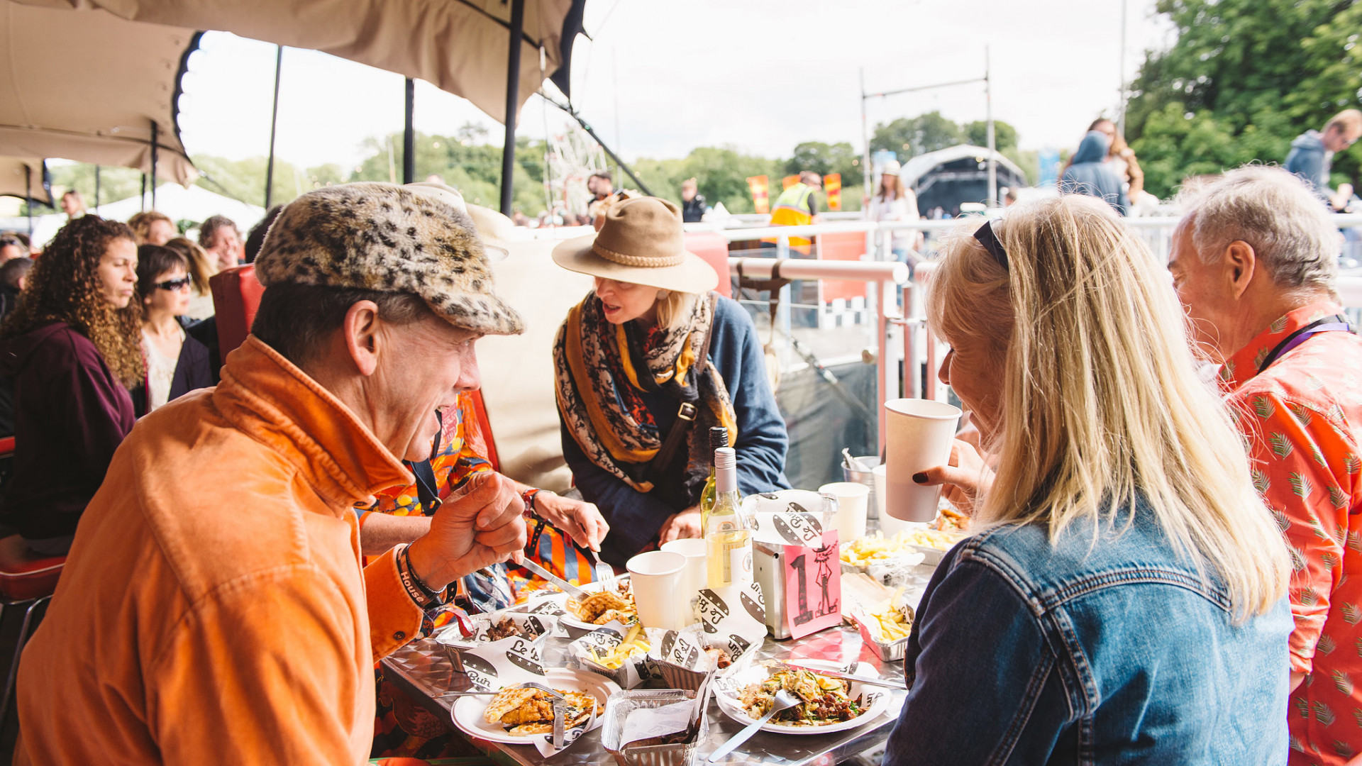 The Le Bun diner at Standon Calling 2017