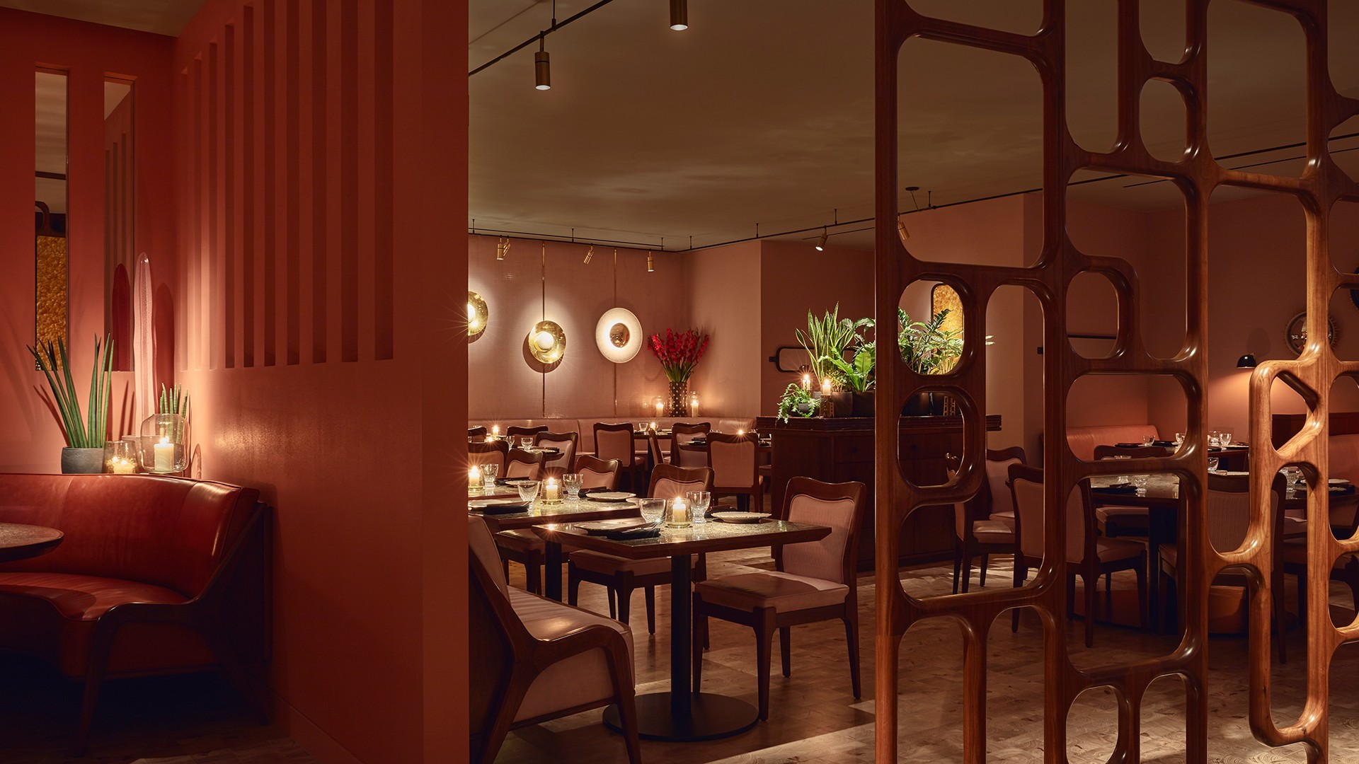 Inside Ella Canta, Mayfair