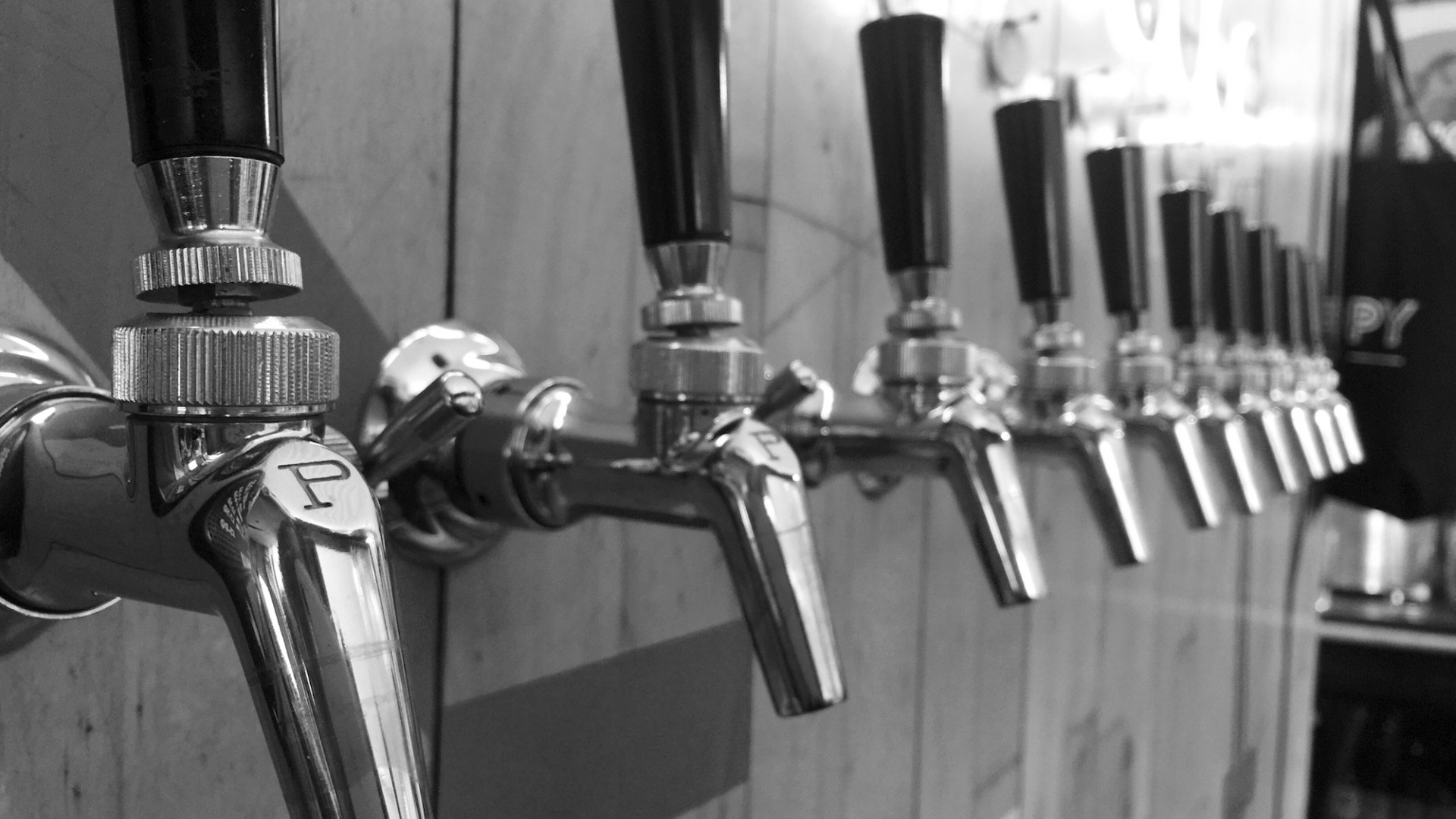 Taps at Canopy Beer Co, London