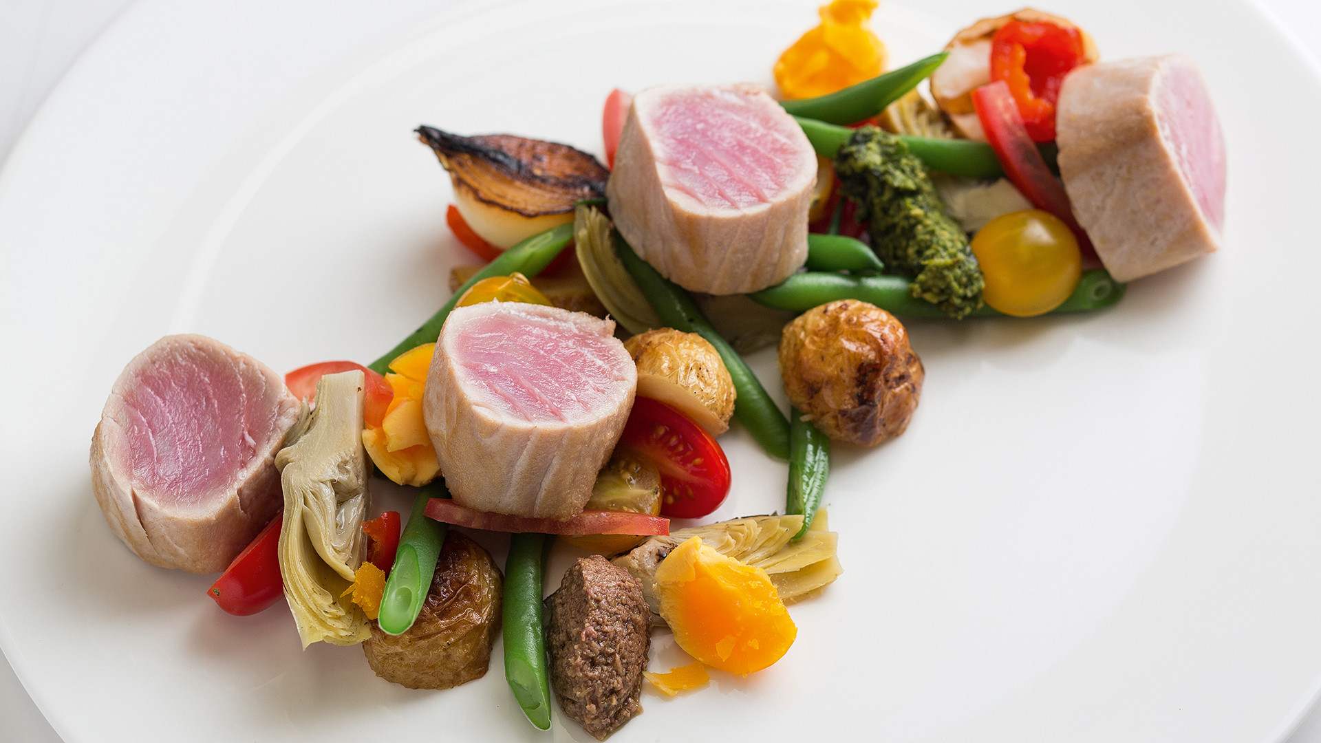 Fine wining and dining at Leeu Estates in Franschhoek