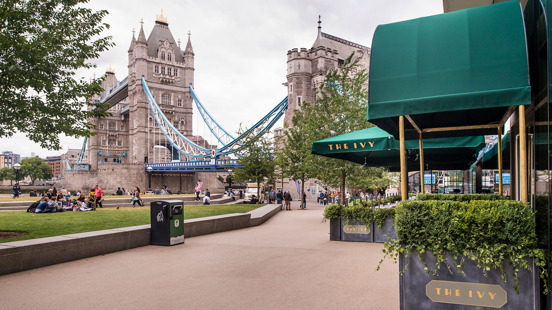 The outside of The Ivy by Tower Bridge