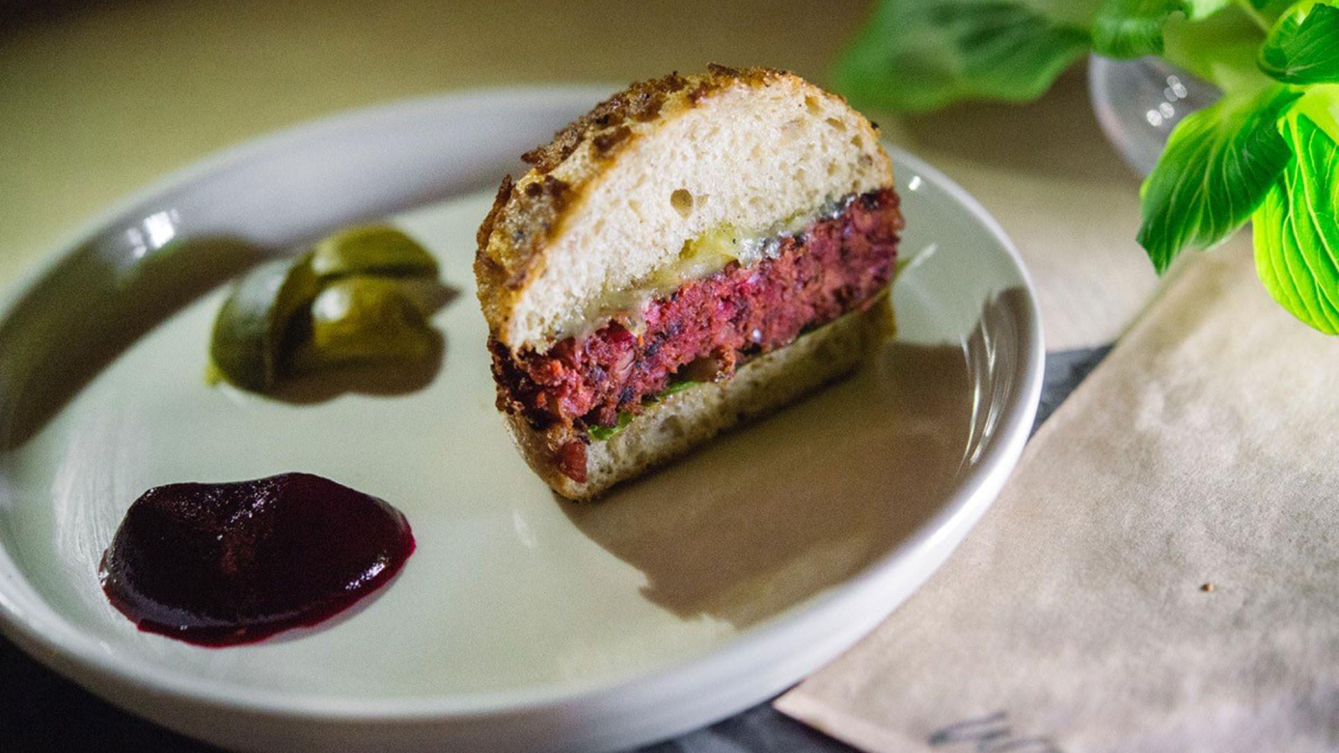 WastED: Dish juice pulp burger