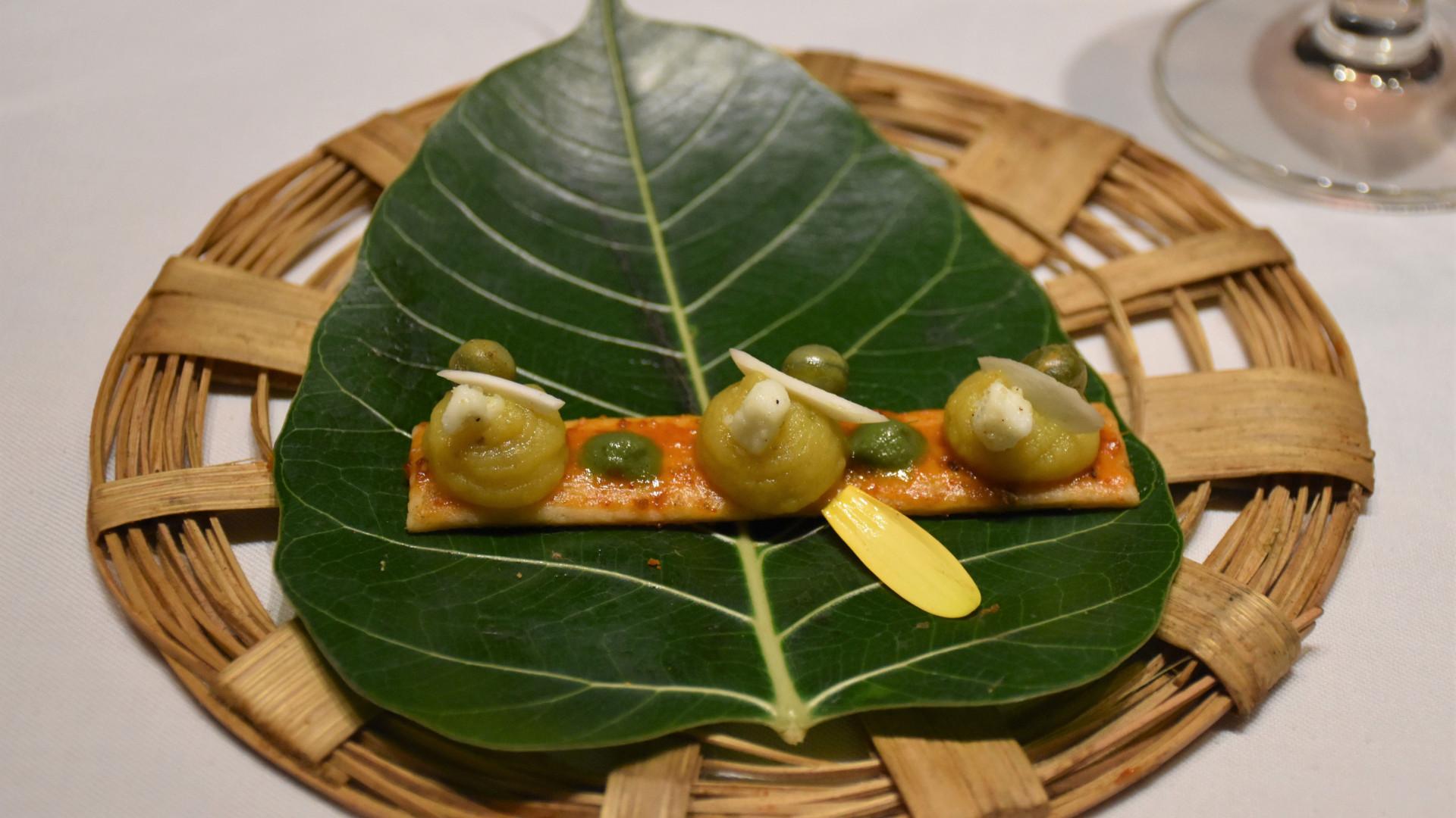 Deconstructed samosa