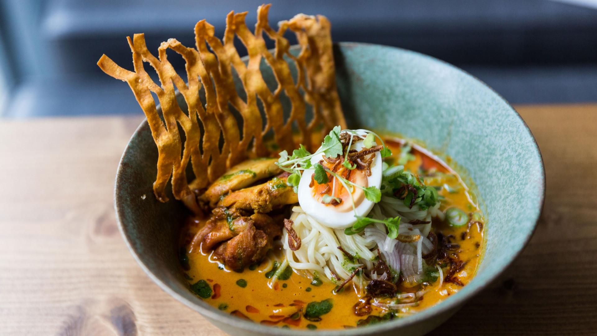 Coconut noodles from Laphet