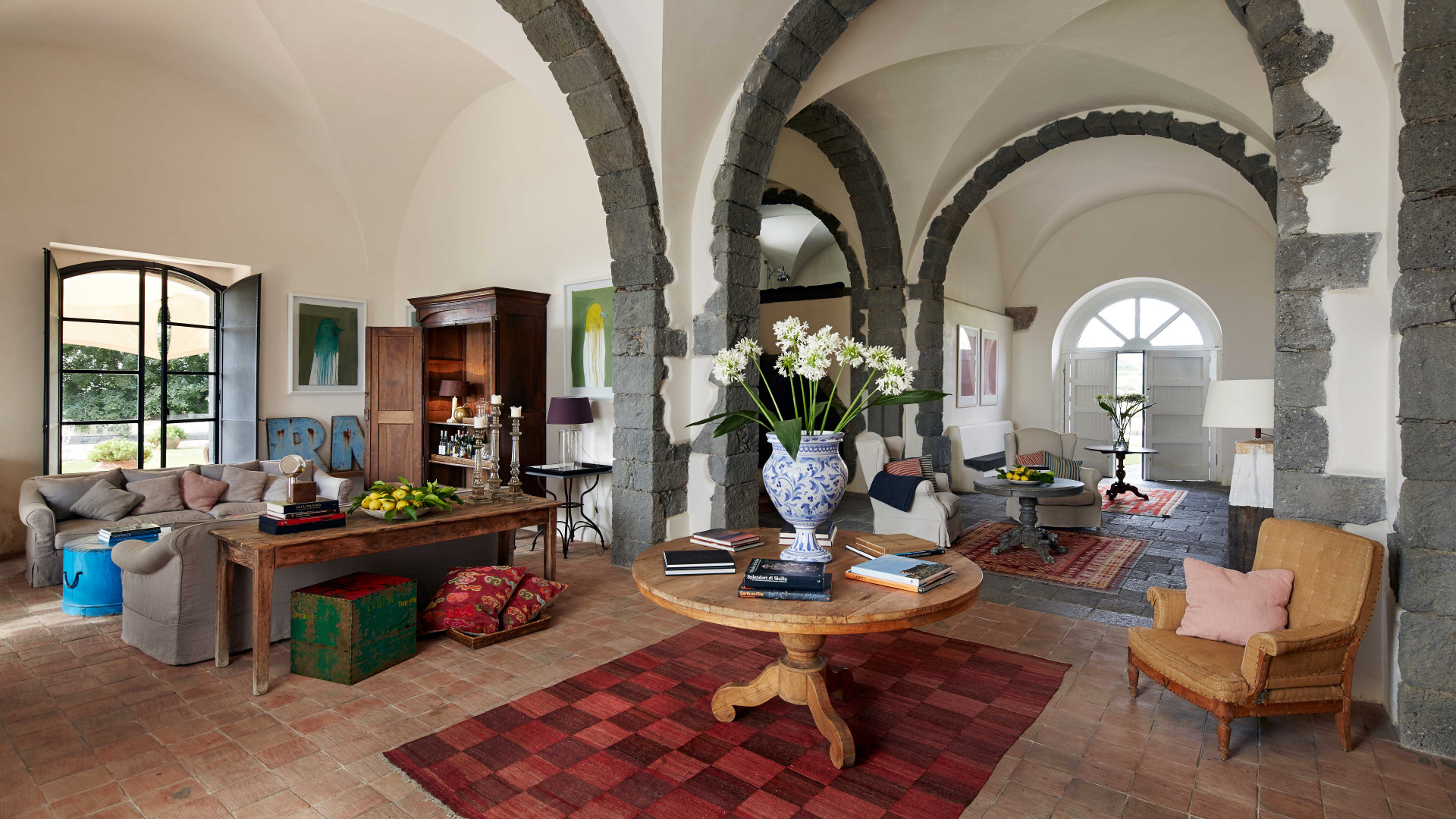 Rocca delle Tre Contrade's spacious and light interior