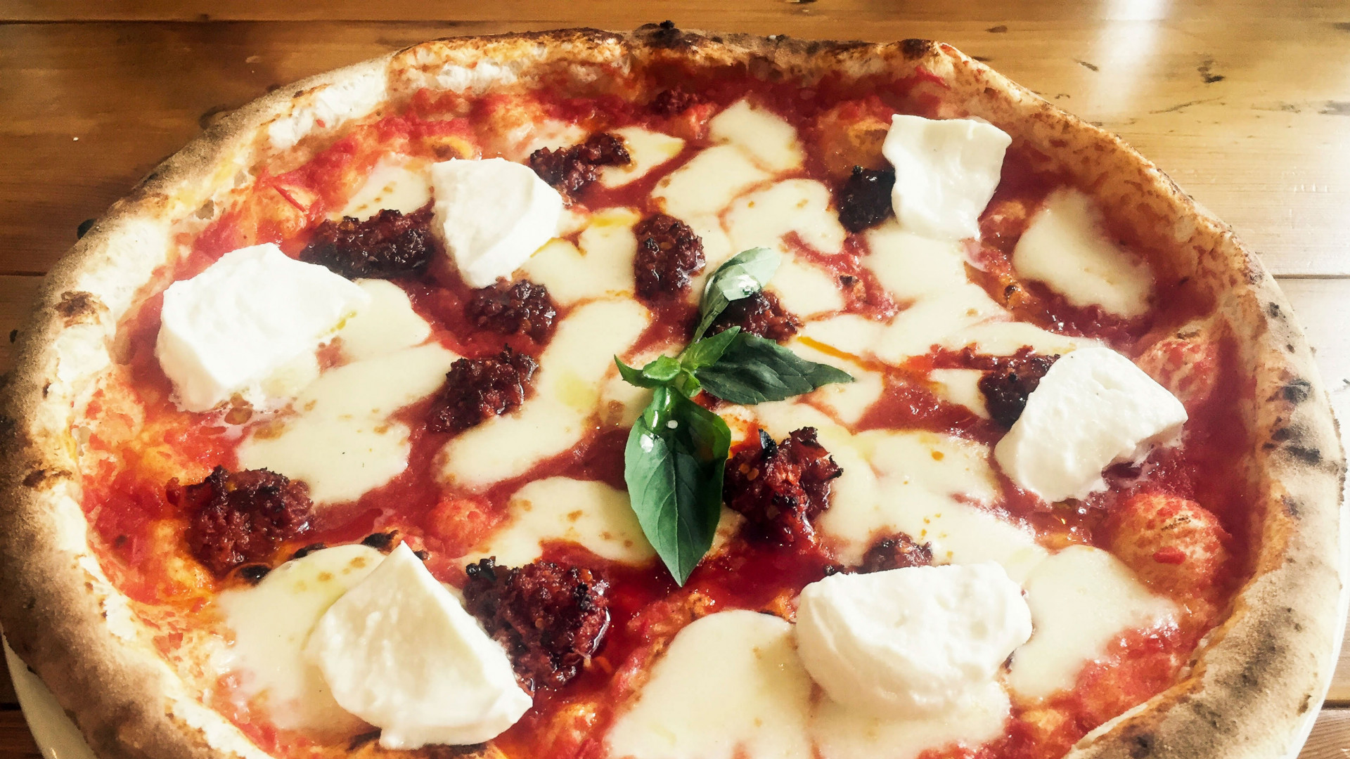 Nduja pizza at Zia Lucia