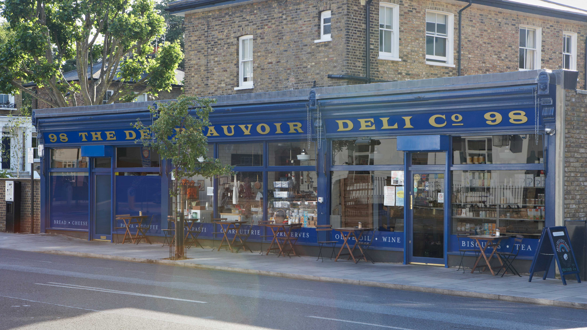 The De Beauvoir Deli
