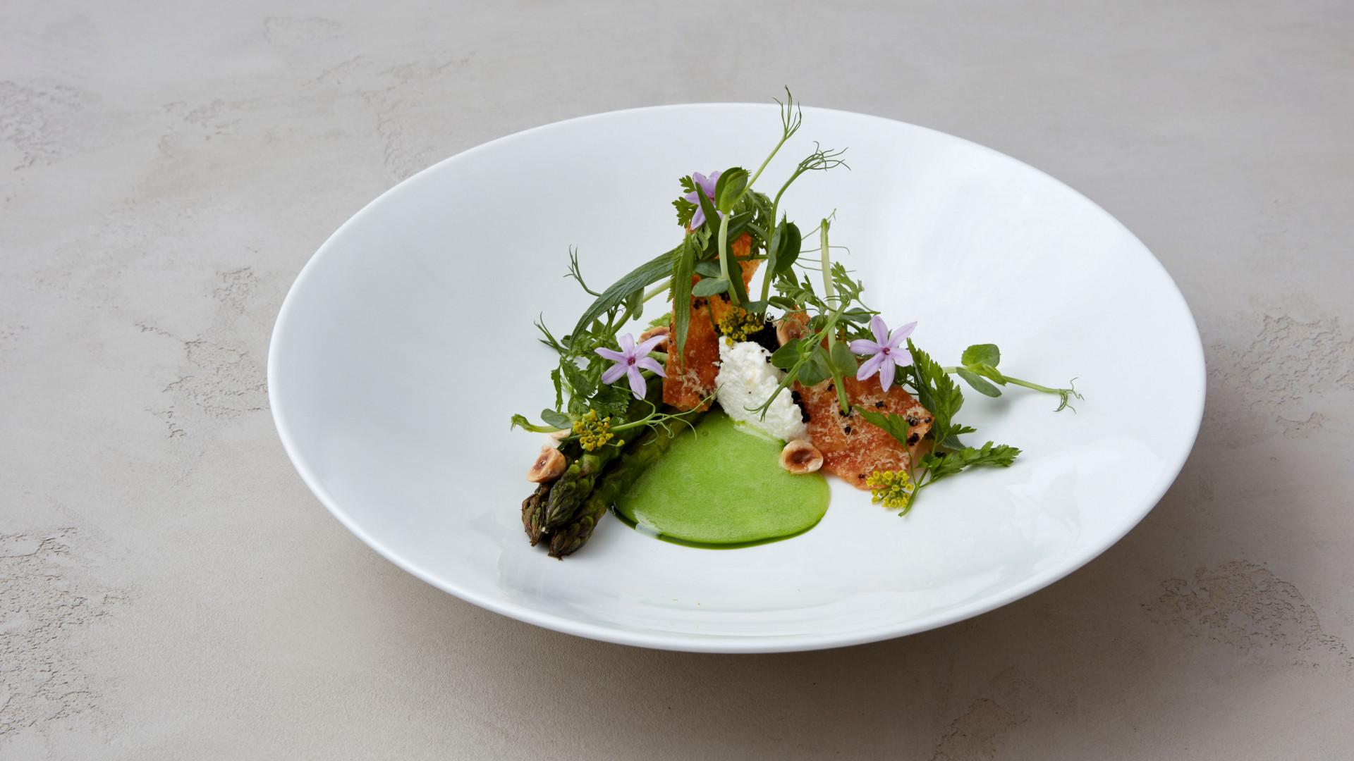 Asparagus, this morning's ricotta, chervil