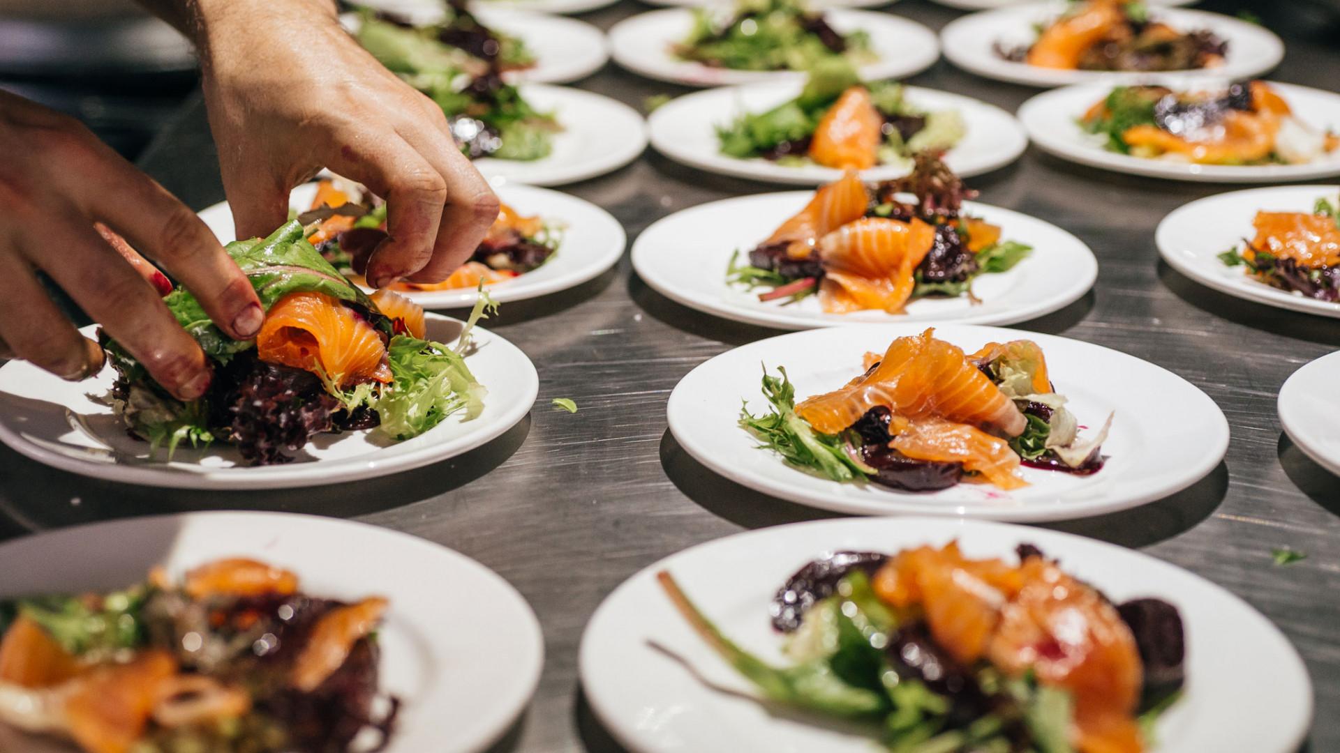 A banquet dish