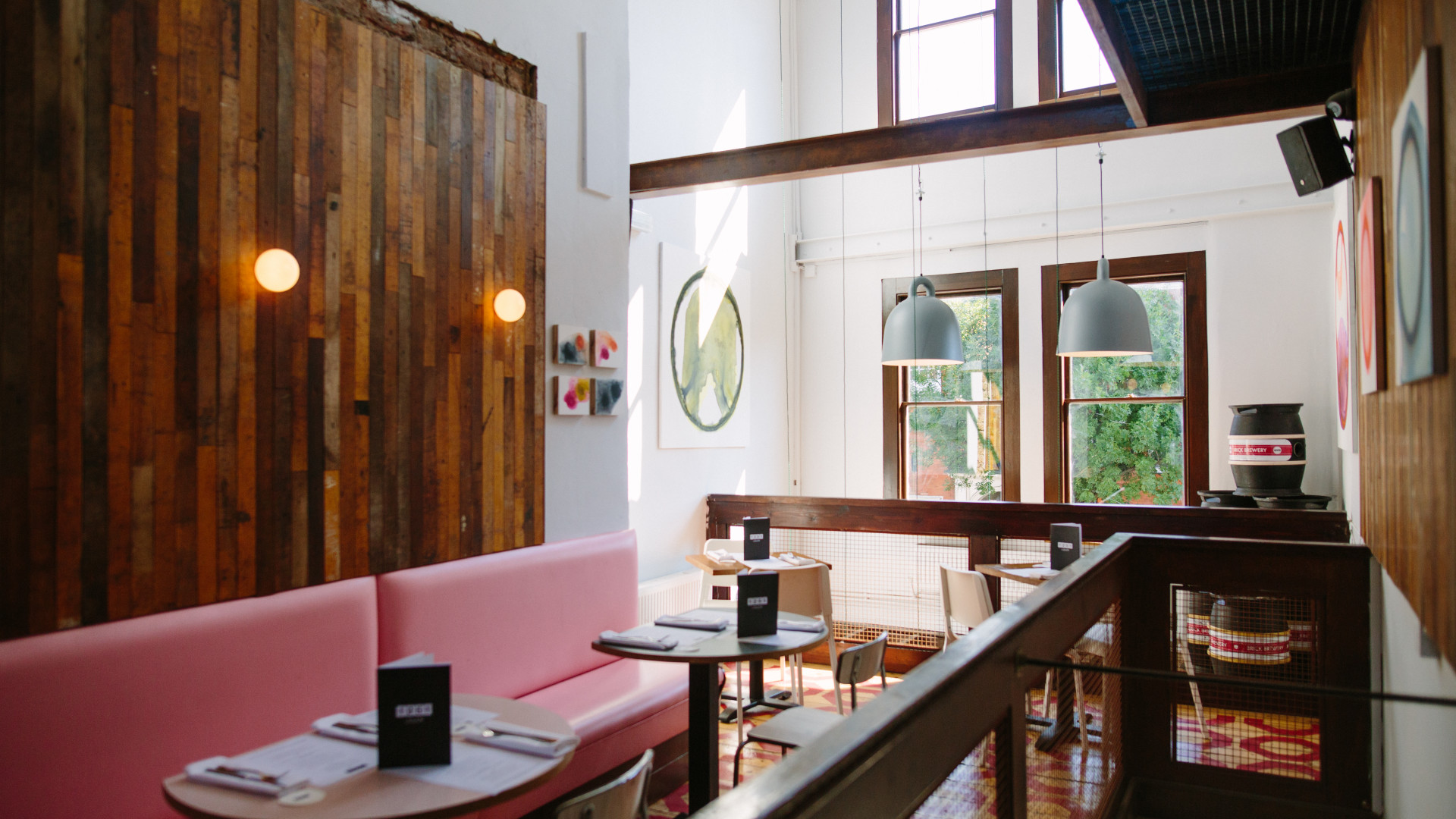 Restaurant 12:51 on Upper Street