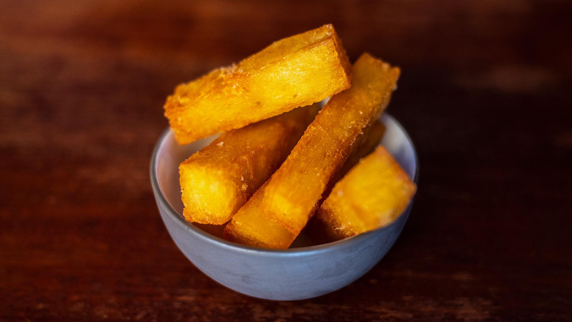 Chips at Cora Pearl