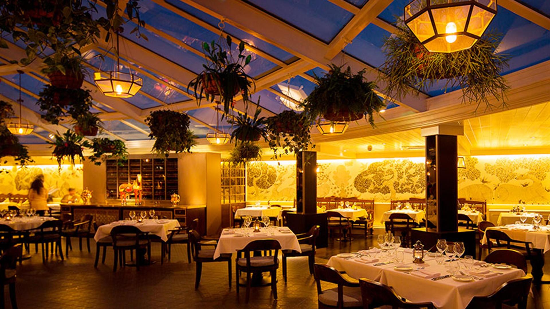 Bombay Brasserie interior