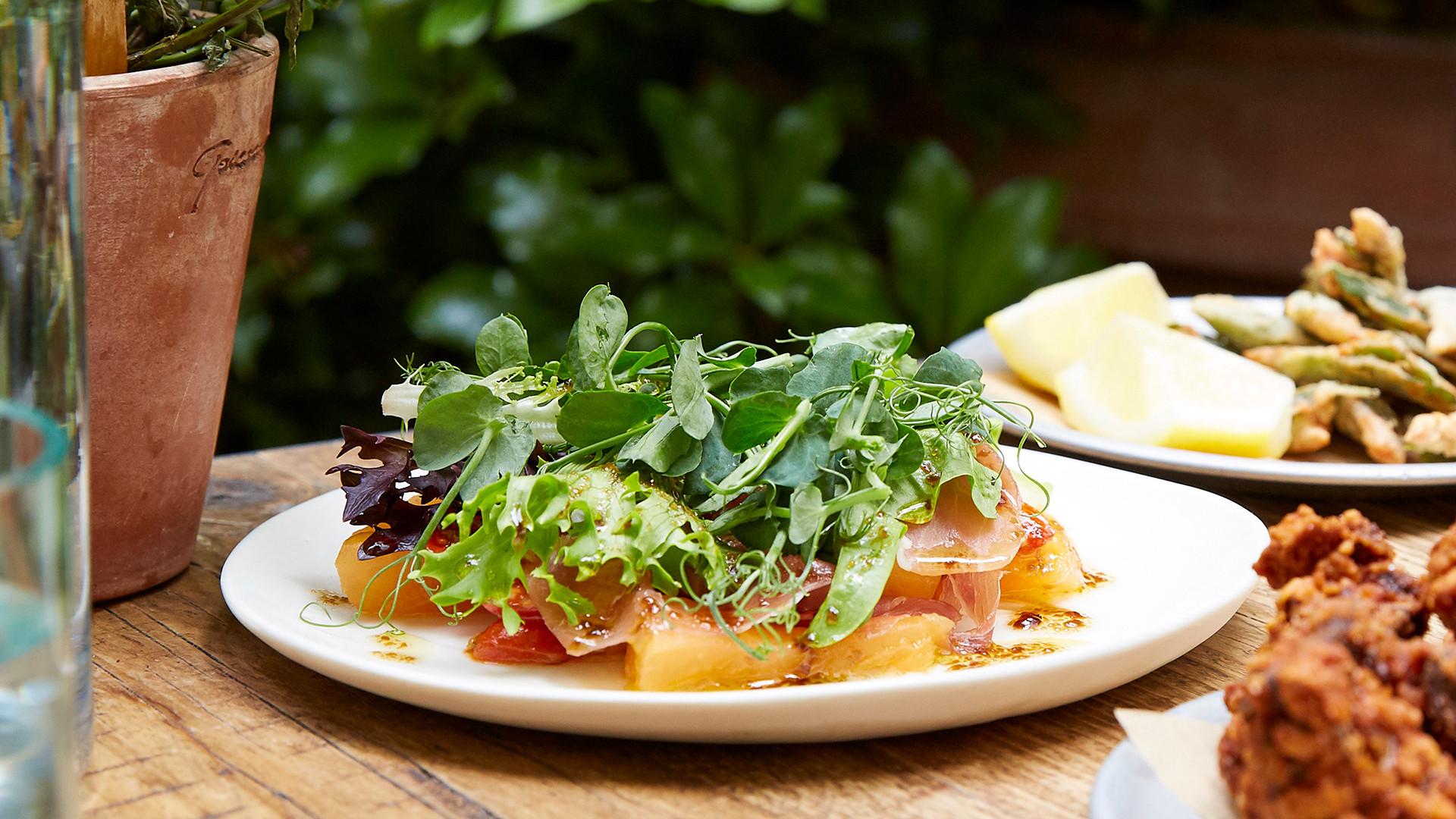 Sustainable restaurants London: La Goccia