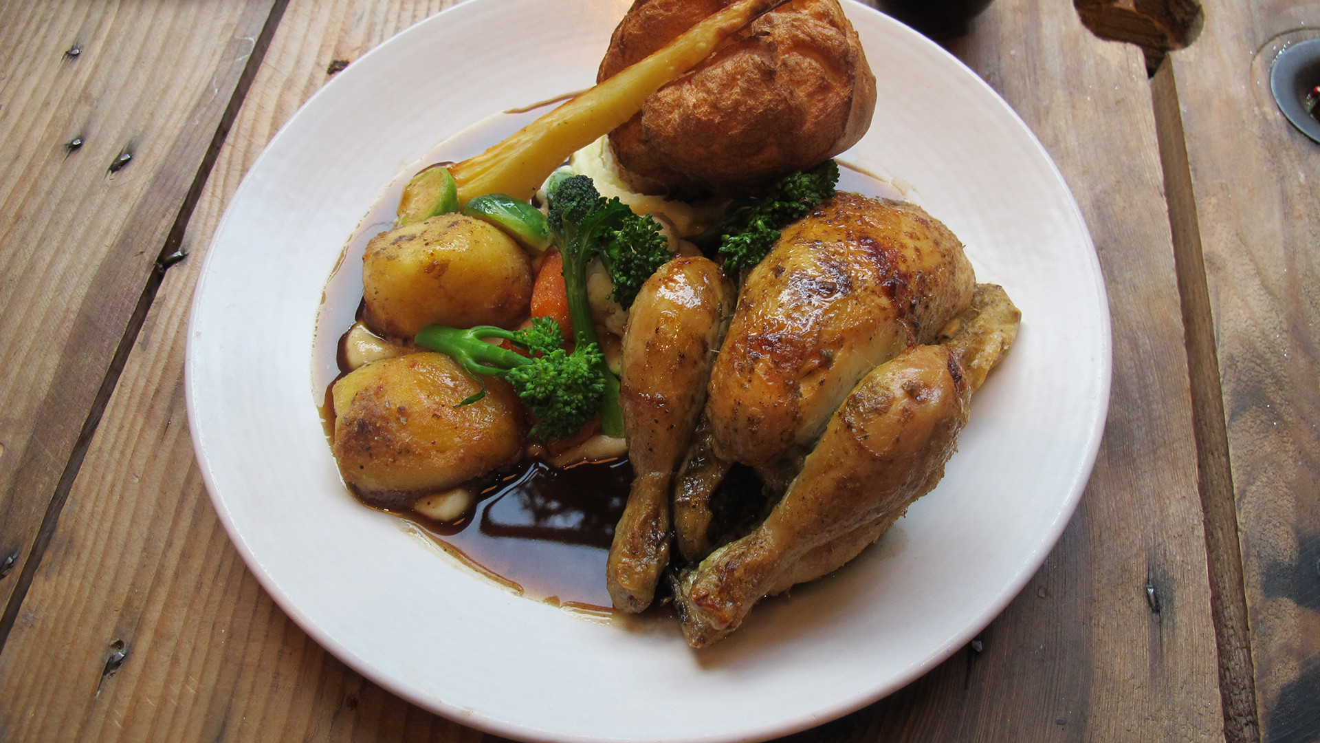 London's best Sunday roast – Jones Family Project