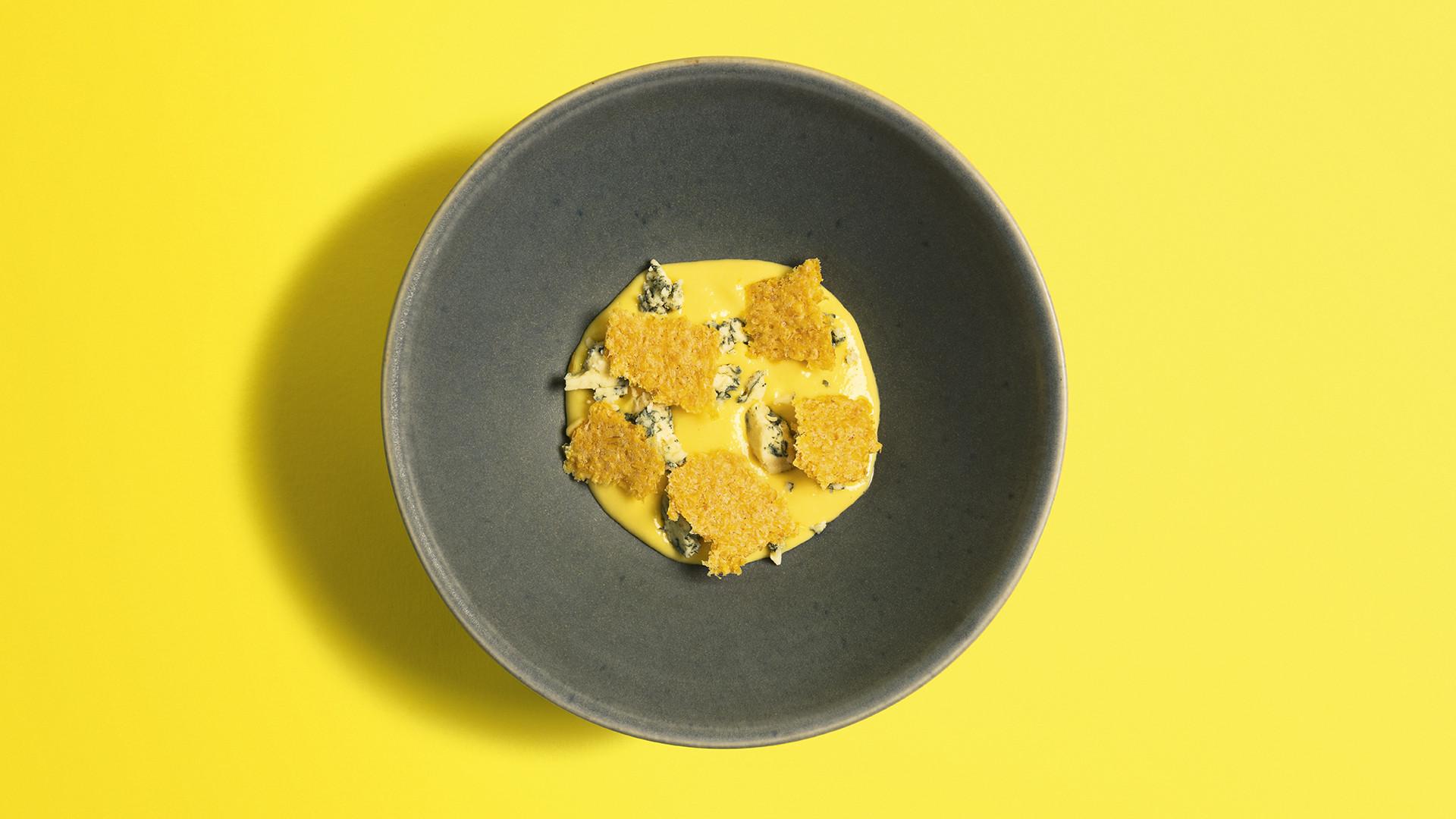 Feuillette, stichelton and corn cream