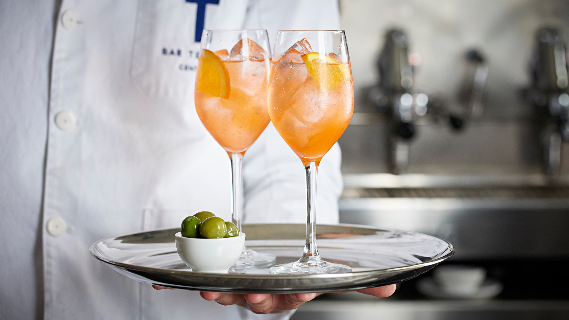 Spritz and olives at Bar Termini