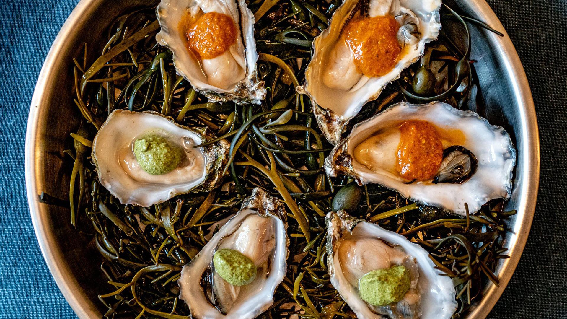 Lyon's Seafood & Wine Bar