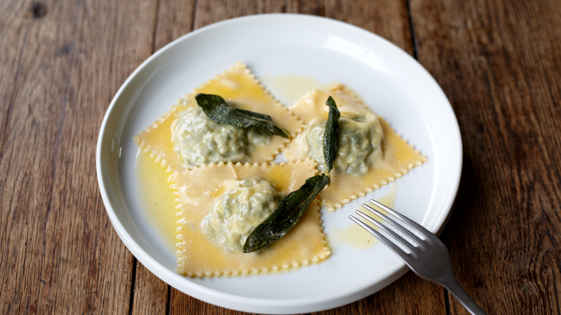 Maremma, Brixon: tortelli Maremmani with butter and sage