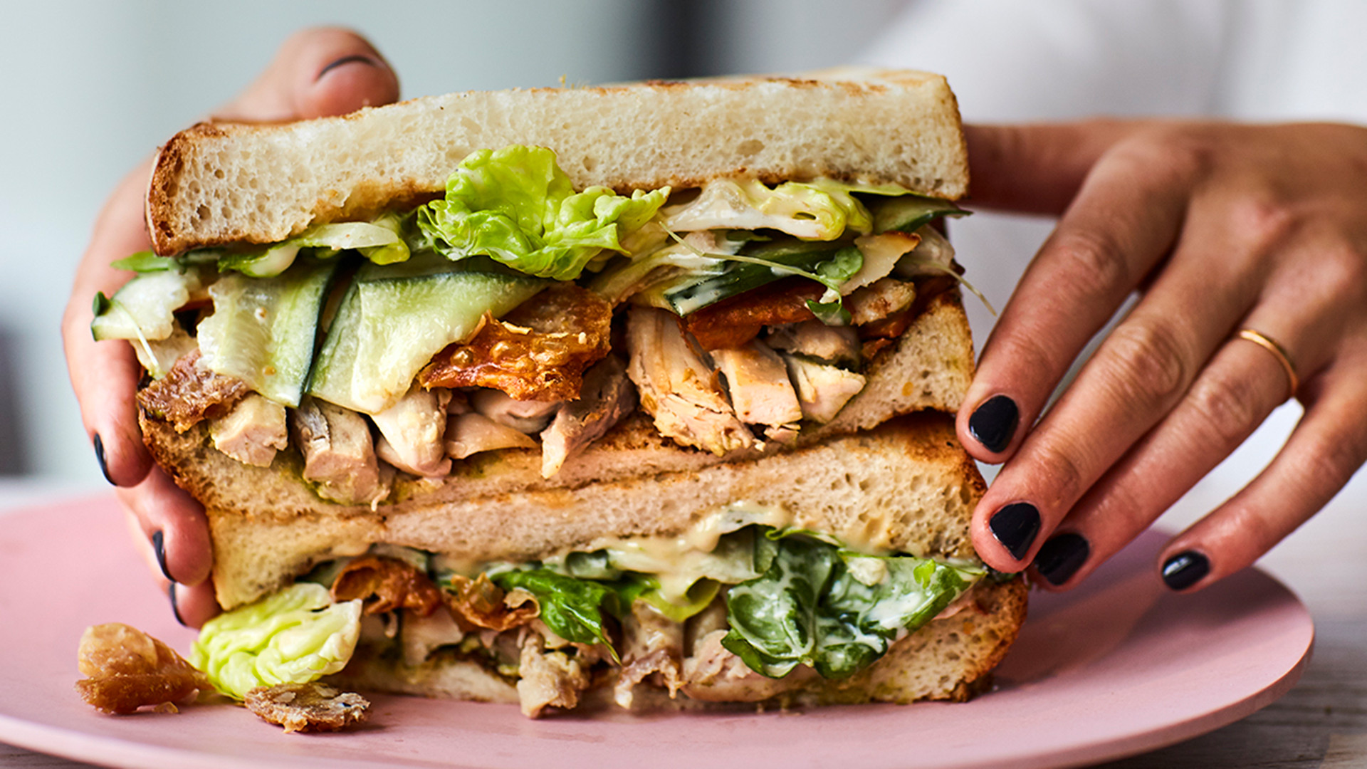 Chicken sandwich at Sons + Daughters