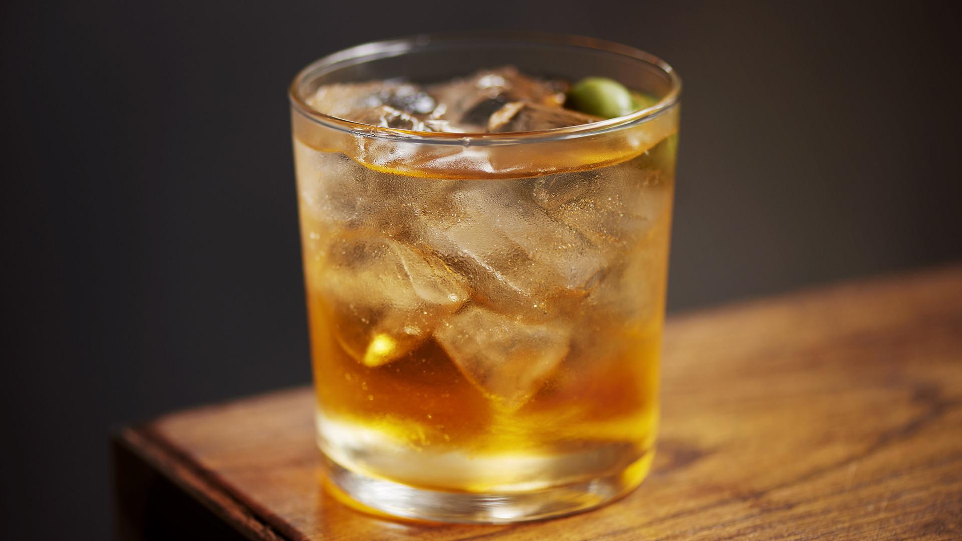 Cocktails at Officina 00