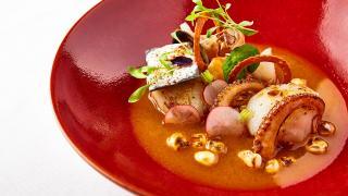 Martha Ortiz, Ella Canta: Seafood and lobster pozole