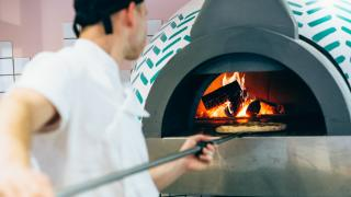 400 Rabbits' pizza oven