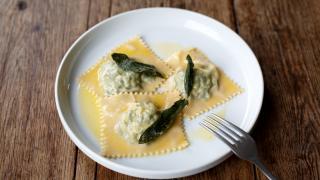 Maremma, Brixon: tortelli Maremmani with butter and sage